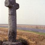 Chépy- La croix en tuf