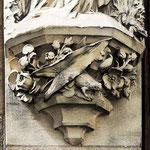 Le socle de la statue de Sainte-Ulphe