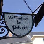 L'enseigne de la Maison du Pèlerin