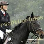 Sandra Tillmann-Heinemann auf Royal Lady CT 0