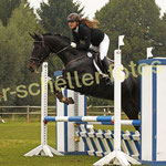 Sandra Tillmann-Heinemann auf Royal Lady CT 3