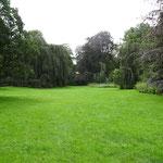 Angrenzender Garten hinten