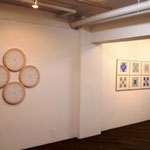 「TOKI Art Space」での烏山秀直さんの展示作品2