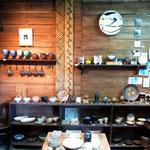 屋久島焼の新八野窯の内部
