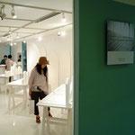 松屋銀座でのプフッツェの展示風景