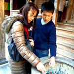土佐市「青龍寺」にて カミさんと息子