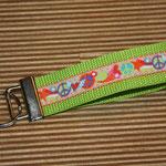 "grasgrün mit Webband ""Peace"", 22 cm"