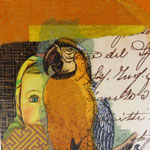 """Collage """"Aljonka-Papagei"""", 7 x 7 cm, Papiercollage auf Pappwabenplatte, Heike Roesner/2020"""