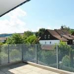 Auf dem 16 m2 grossen Balkon mit schönen Ausblicken