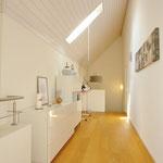 Spannend, fast museal anmutend: Korridor im oberen Wohngeschoss