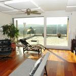 Eleganter, ideal nach Südwesten orientierter Wohnbereich, mit…