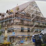 Aus dem Familien-Archiv: Die gesamte Dachkonstruktion (Dachstuhl und Dacheindeckung) wurde komplett neu aufgebaut!