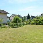 Schöner, grosser Garten, welcher weiteren Gestaltungsspielraum bietet.