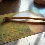 椿の枝のスプーン