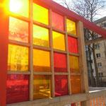 Farbfenster und Brüstungen