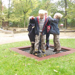 Trampolin JUMP SIX  1,25 x 1,25 m außen - 0,75 x 0,75 m innen - RC-Gliedermatte