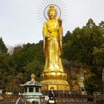 世界一の高さの純金大観音様
