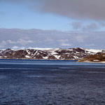 Entlang der Küste von Svalbard