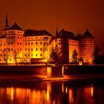 Schloss Hartenfels in einer kalten Winternacht
