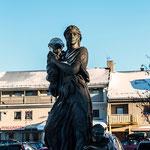 Kriegswitwendenkmal in Kirkenes