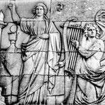 Königsplatz-Figuren an den Propyläen am Königsplatz