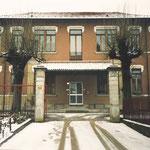 La sede della scuola, in Via Bellorini 5 Besozzo, 1985. [Foto su gentile concessione di Flora Pellegrini]