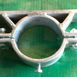 Rohschelle zur Befestigung an einen Rundrohr-Säule - fertigen wir gerne passend für Sie an