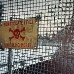 2013 - pericolo di morte - mixed media with oilfinish on PVC - 111 x 98