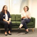 Sophie Gremaud (rechts), SECO richtet Grussworte aus