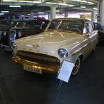 Der 2.-millionste Opel ein Kapitän von 1956
