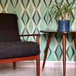 Den Grete Jalk Sessel im Schlafzimmer hat Mike bei einem Kölner Vintage Fachhändler erstanden.
