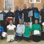 Geschenke vom Verein an Aidswaisen von Josma