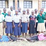 Aidswaisen von der Primary und Secondary School in Mbiriizi