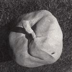 """Steinfigur """"Apfel"""", Sandstein"""