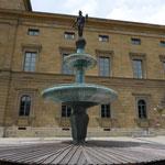 Kronprinz Rupprecht-Brunnen vor Akademie der Wissenschaften