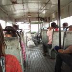 ungewöhnlich leer im Bus