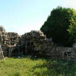 Restes du chevet du XIVe siècle, vue du Sud Est