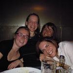 von links: Stef, ich, Doris, Brigitte - Geburtstag 2012 - Foto: Barbara Moser