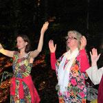 Sommersonnwendfeier 2012 in Vorarlberg, Irmgard und ich - Foto: Adrees Ghakhar