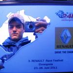 Lars mit Selbstportrait im Spiegel des Ehrenpreises