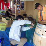 ワイン樽のイルミネーション装飾を作成