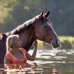 Pferdeshooting im Wasser mit Fotografie Annett Mirsberger