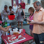 Gâteau Phi immortalisé aussitôt par Raymond Blet et quelques autres. Langoiran, 18 juin 2018