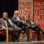 Pascal Lafargue, Jean-Marie Darmian, Naïma Charaï sourient aux propos de Benoît Hamon. #benoithamon2017