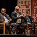 Applaudissements et rires de Pascal Lafargue, Jean-Marie Darmian, Naïma Charaï. #benoithamon2017