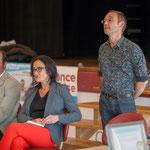 Christophe Miqueu candidat aux élections législatives, Mathilde Feld, Présidente de la CDC du Créonnais, marraine du Comité de soutien, Yann Vanherzeele. Réunion publique des Insoumis de la 12ème circonscription, 6 juin 2017, Sadirac