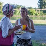 Natahlie Chollon-Dulong, Anne Vanherzeele. Pique-nique des Insoumis de la 12ème circonscription de la Gironde, la Réole, 16 juin 2017