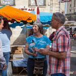 Les militant-es de la France insoumise tractent sur le marché de Cadillac, 27 mai 2017