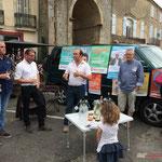 Christophe Miqueu, candidat aux élections législatives. Permanence mobile / Réunion de place la France insoumise à Saint-Macaire le 9 juin 2017