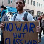 「戦争ではなく階級闘争を」
